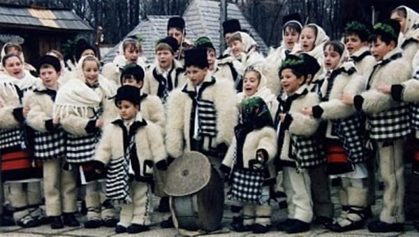 Traditii si obiceiuri populare in serbarile prescolarilor