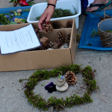 Outdoor learning station