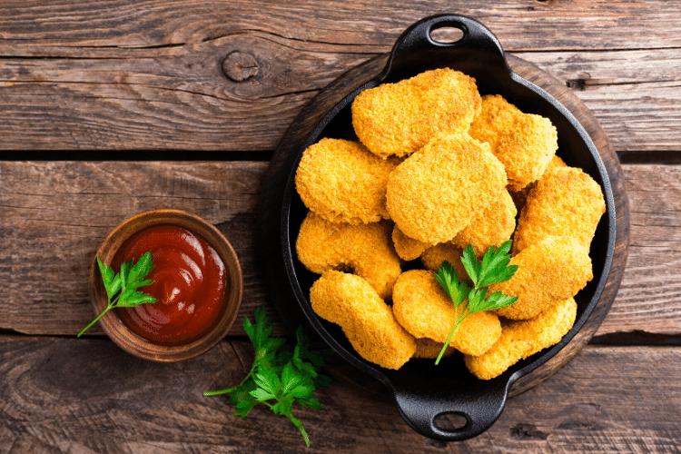 nuggets de pollo, trozos de pollo