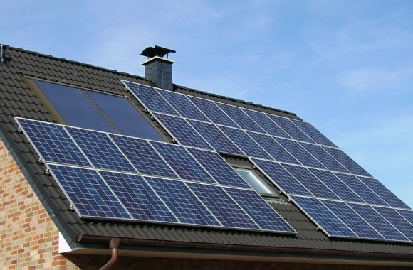 Solaraanlage Windkraftanlage Stromversorgung