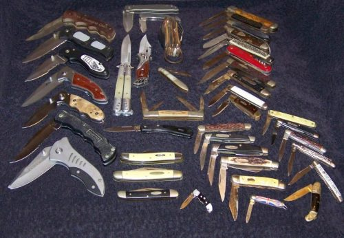Edc knives and pocket knives come in all shapes and sizes