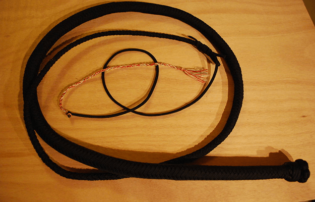 DIY Paracord Bull Whip Tutorial