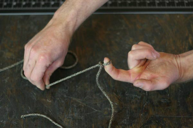 Fasten the Remaining Loop on Your Object   Paracord Knots and Hitches   How To Make Paracord Hitches
