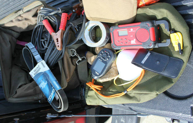 how to make a survival kit, wilderness survival kits, urban survival kits, best survival gear for your survival kit