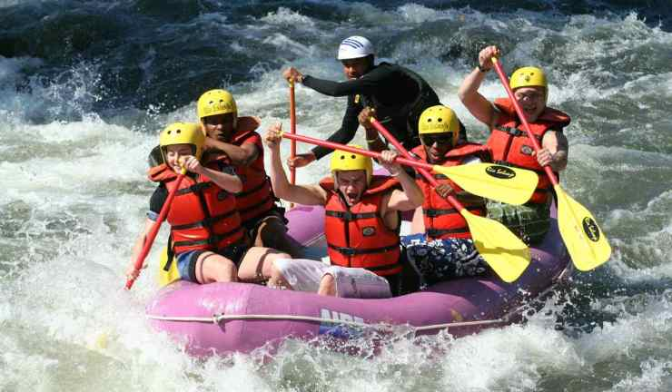 Group of friends doing rafting chalenge | Yosemite National Park Camping | Survival Life National Park Series
