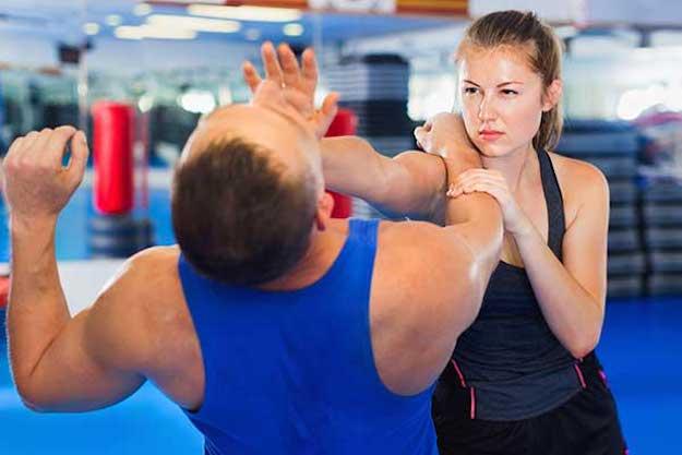Open handed throat strike | Survival Tips: Self Defense for Women