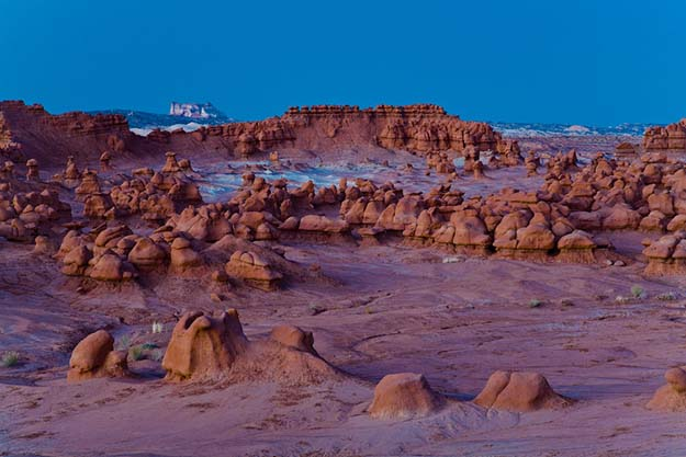 Desert rock formations in Goblin Valley State Park, Utah.