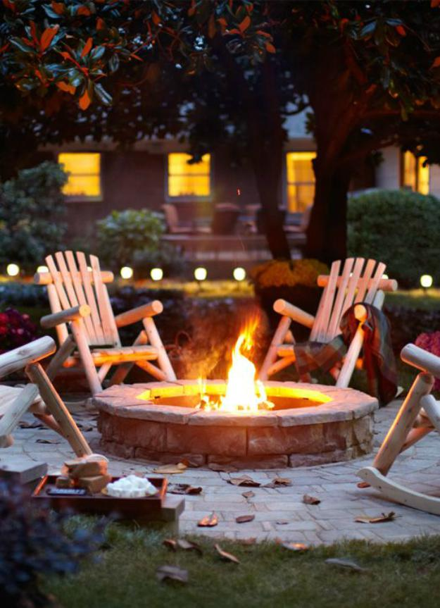 DIY Outdoor Fire Pit | Summer Projects to Do Before It's Too Late