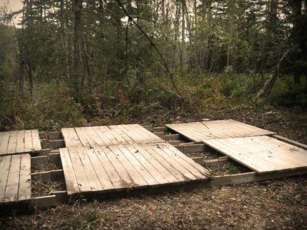 Minimize Permafrost   Man Survives Yukon Winter in Camper Van