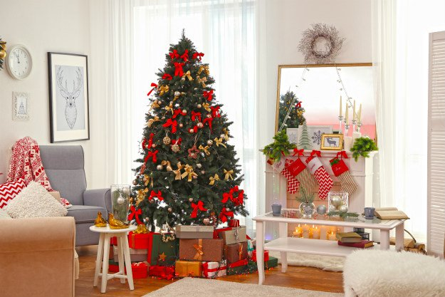 "christmas-tree-in-living-room ""O' Christmas Tree!"" 