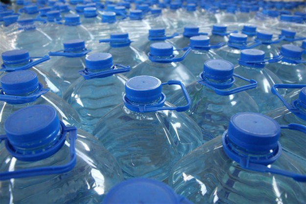 Store Your Water | 5 Emergency Water Storage Tips For Preppers Like You