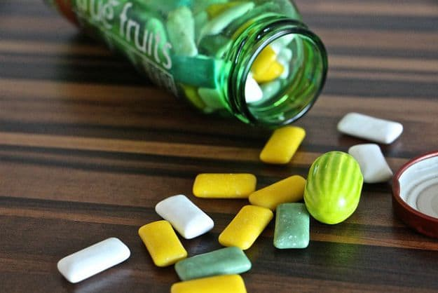 Chewing Gum   10 Everyday Things That Can Absolutely Save Lives