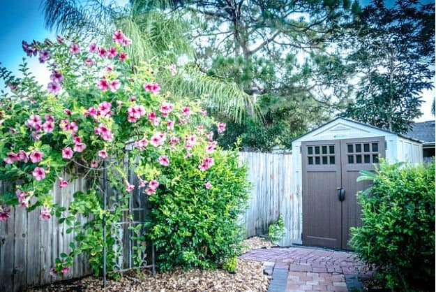 Secure the Yard   Home Security   4 Straightforward Ways To A More Unassailable Home