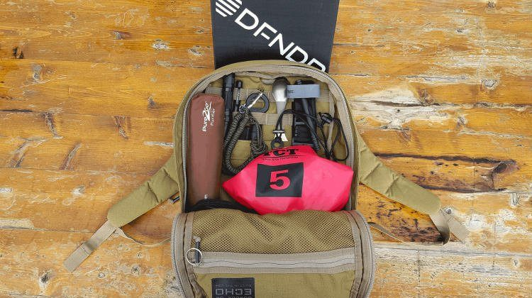10 Must-Have Items For Your Airport Go-Bag | For The Prepared Traveler featured image