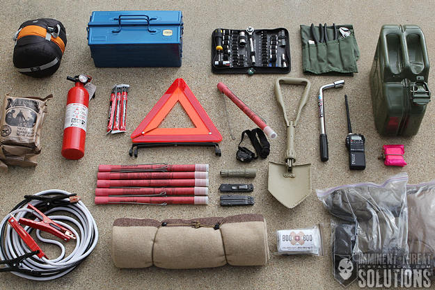 Keep an emergency car kit   Safe And Sound   Travel Safety Tips You Shouldn't Ignore