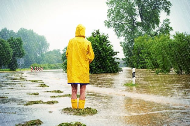 Surviving a Flood | Disaster Survival Skills For Every Situtation