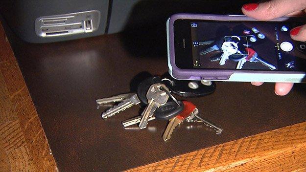Take a Photo of the Key | 4 Ways To Duplicate Keys By Hand