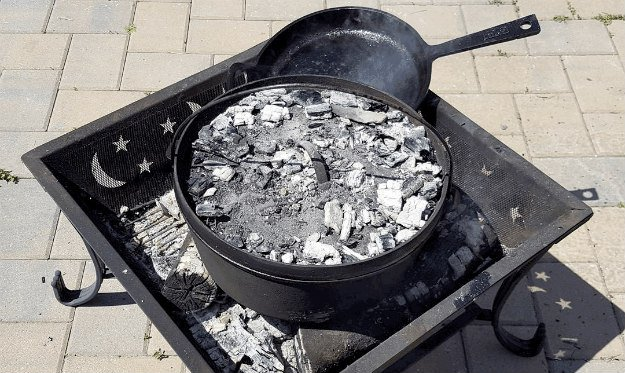 Is Dutch Oven Cooking A Part Of Your Emergency Plan? [Video Tutorial] fire pit