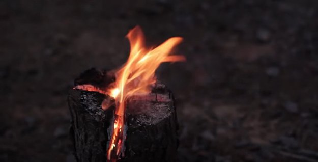 DIY Swedish Torch   29 YouTube Survival Skills Videos You Can Learn At Home