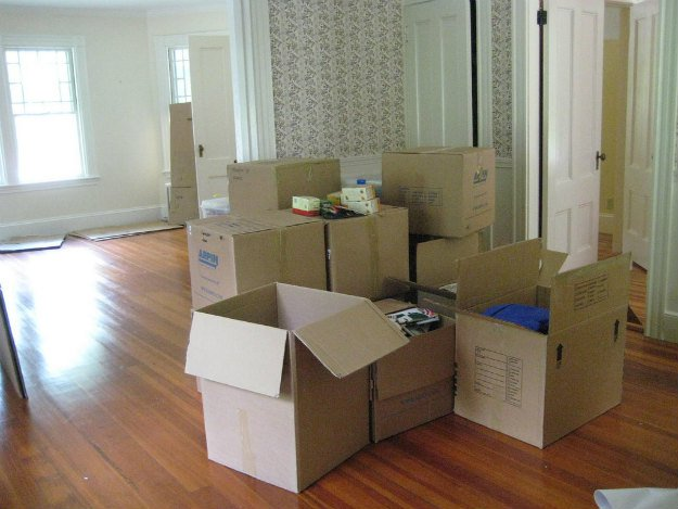 Preppers Moving: Top 5 Reasons Preppers Should Move In The Winter boxes