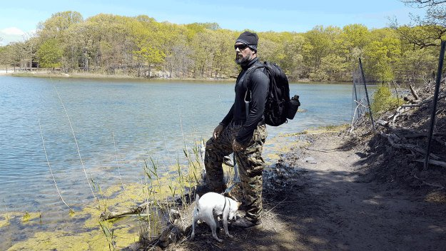 10 Must Have Items You Need When Hiking With Your Dog d-ring