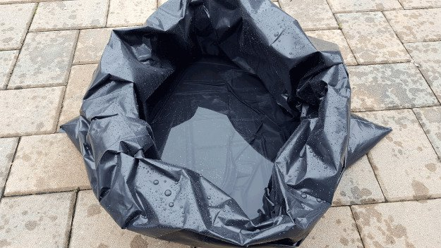 Water Gathering | Survival Uses For A Contractor's Trash Bag