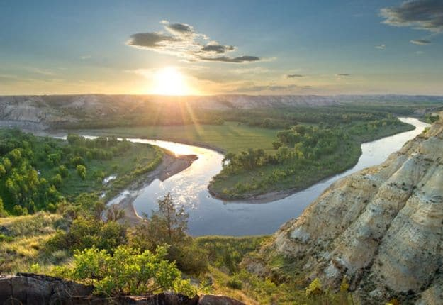 Camping in North Dakota | Ultimate List of Campgrounds Around US | Survival Life Camping Spots List