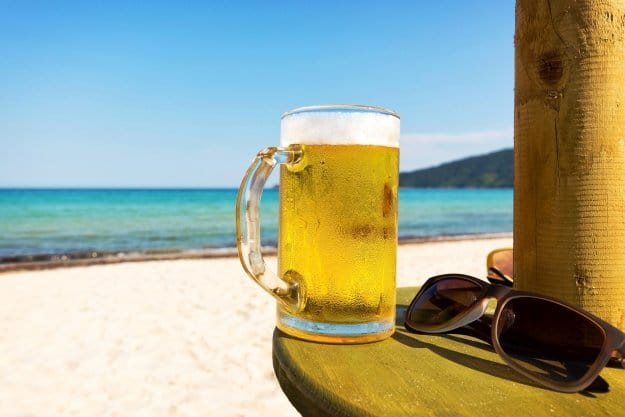 Avoid Alcoholic Drinks | How To Stay Hydrated In Hot Conditions