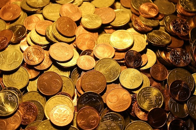 How to Measure with Coins   Old School Survival Skills You Should Know
