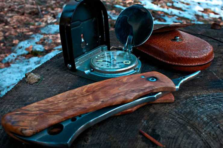 "Survival knife and compass | ""Old World"" Primitive Survival Skills You'll WISH You Knew Before SHTF"