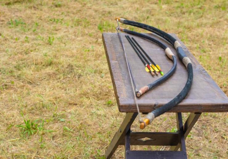 two homemade bows three arrows lie | how to make homemade weapons