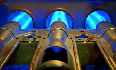 closeup inside home natural gas furnace | Electrical Backup For A Gas Furnace | featured