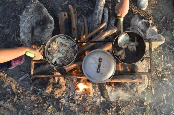 cooking-dinner-on-firewood-stove-using | survival food