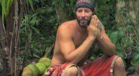 Tony sits and waits to win Survivor