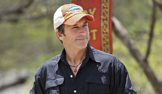 Jeff Probst hosts Survivor 2015: Worlds Apart