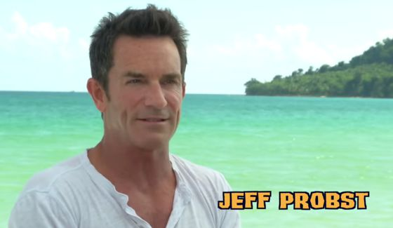 Jeff Probst hosts Survivor Cambodia cast intro