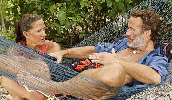 Kelly and Savage plot next moves on Survivor 2015