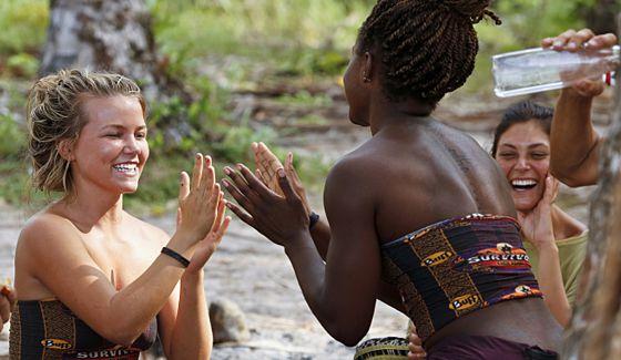 Julia & Cydney enjoy camp life on Survivor Kaoh Rong