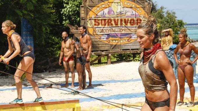 Survivor 2017 castaways compete on Season 35