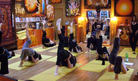 Diventa Insegnante Yoga