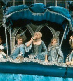 THE GONDOLIERS, 1983, Duke etc. in gondola