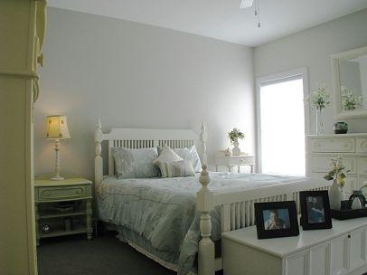 07-2460--Bedroom-Master-left-01