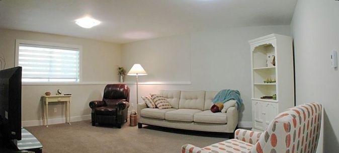 12-2460-family room-02