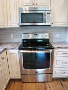 2430 Kitchen Flat surface stove and built in microwave