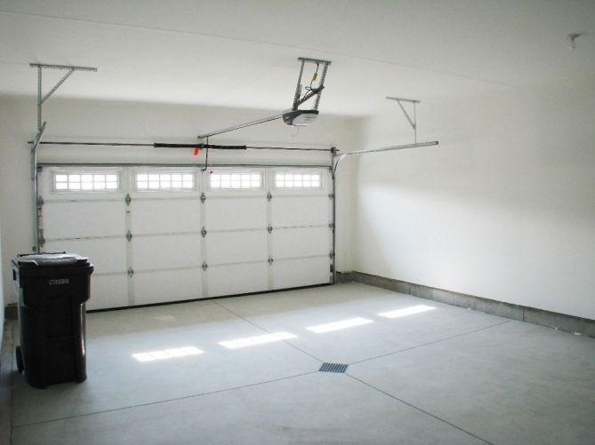 2444 Garage interior