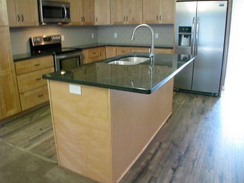 2506 Kitchen center island