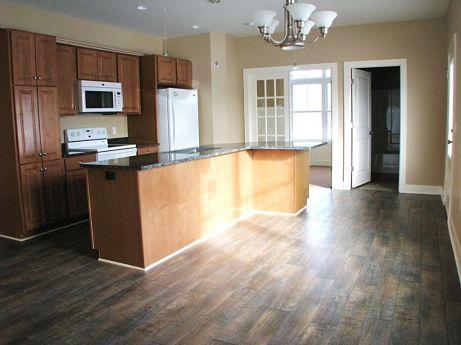 2515 Kitchen