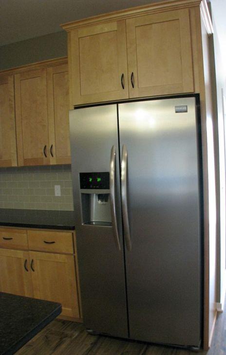 2506 Double door refrigerator