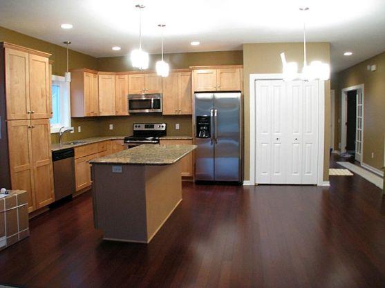 2437 Kitchen, laminate wood floor, closet