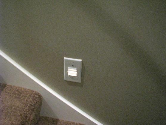 2506 Stairway lights